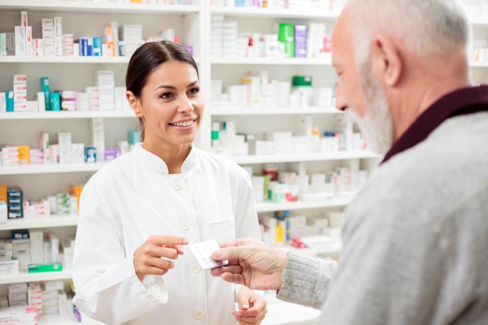 Farmaceuta w aptece