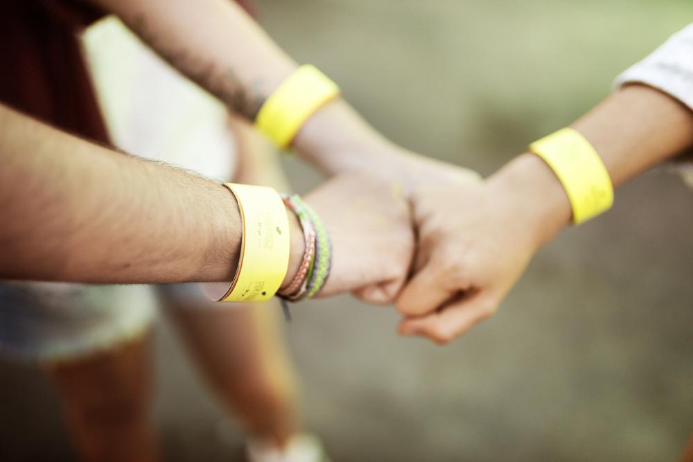 W pracy budowanie zespołu należy oprzeć na tworzeniu pozytywnych relacji.