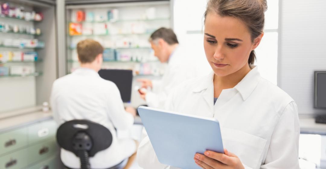Wymagania i obowiązki farmaceuty w aptece